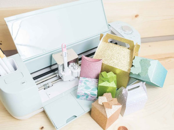 Gift Boxes And Cards With A Cricut Maker
